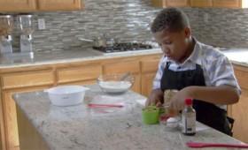 8χρονος άνοιξε επιχείρηση για να βοηθήσει τη μαμά του