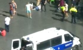 Τρομοκρατικό χτύπημα στη Βαρκελώνη με νεκρούς (vid)