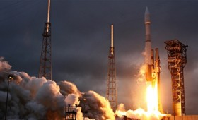 Γιατί 4 χώρες εκτόξευσαν 5 διαστημόπλοια μέσα σε 4 μέρες;