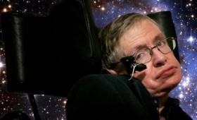 Ο Στήβεν Χόκινγκ ψάχνει για ευφυή ζωή στο σύμπαν!