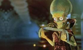 Οι εξωγήινοι τον εμπόδισαν να κάνει φορολογική δήλωση