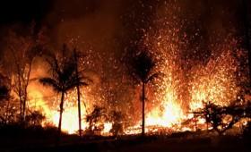 Ρωγμές σε όλη τη Χαβάη από την έκρηξη του ηφαιστείου Κιλαουέα (vid)