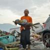 Στους 832 οι νεκροί από το τσουνάμι στην Ινδονησία (vid)