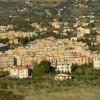 Σε αυτό το μέρος τα σπίτια πωλούνται μόνο 1 ευρώ (vid)