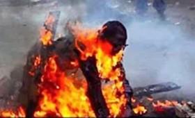 Νότια Αφρική: Έκαψαν ζωντανό τον βιαστή 17χρονης κοπέλας (vid)