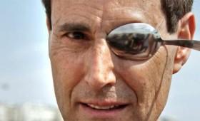 Ο Γιούρι Γκέλερ υπέβαλε αίτηση να προσληφθεί ως «μάγος» από την κυβέρνηση