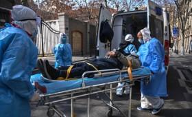 Οι ειδικοί προβλέπουν εκατομμύρια θανάτους στις ΗΠΑ από τον κοροναϊό (vid)