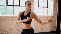 Γυμναστική και χορός για να διώξετε το άγχος (vid)