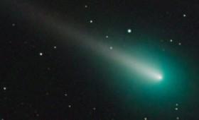 Ο κομήτης ΑΤΛΑΣ διασχίζει τον ανοιξιάτικο ουρανό (vid)
