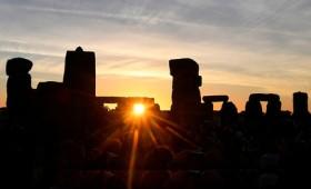 Μοναδική προϊστορική δομή ανακαλύφθηκε κοντά στο Στόουνχεντζ (vid)