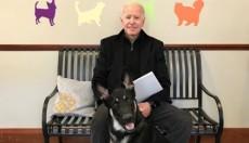 Τζο Μπάιντεν: Έπαθε διάστρεμμα παίζοντας με τον σκύλο του (vid)
