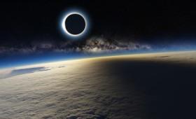 Τη μέρα που το σκοτάδι κάλυψε τη Γη…