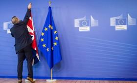 Το 55% των Βρετανών τάσσεται υπέρ του Brexit