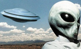 Στήβεν Χόκινγκ: Μη μιλάτε σε εξωγήινους