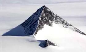 Μυστηριώδης πυραμίδα στην Ανταρκτική (βίντεο)