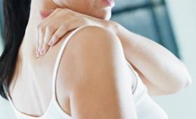 Σύνδρομο παγωμένου ώμου: συμπτώματα και θεραπεία