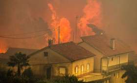 Πορτογαλία: Εξακολουθούν να μαίνονται τεράστιες πυρκαγιές (vid)