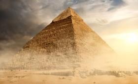 Σιδερένιος θρόνος μέσα στη Μεγάλη Πυραμίδα (vid)