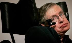 O Στήβεν Χόκινγκ πέρασε στην αιωνιότητα (βίντεο)