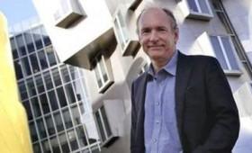 Ο εφευρέτης του Web Τιμ Μπέρνερς-Λι προειδοποιεί