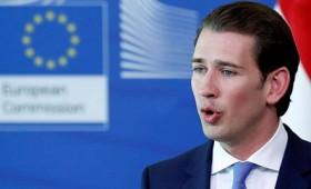 Ο Κουρτς ζητά ενίσχυση των συνόρων της ΕΕ (vid)
