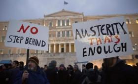 Ο έλεγχος των Ελλήνων για να μην αντιδράσουν στα Μνημόνια