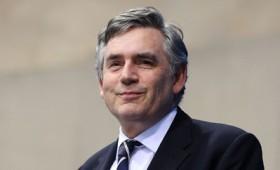 Γκόρντον Μπράουν: Ο κόσμος υπνοβατεί προς μια νέα οικονομική κρίση