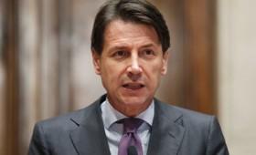 Η Ιταλία δείχνει να αψηφά Βερολίνο και Βρυξέλλες