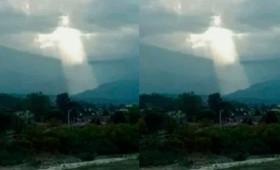 Η αστραποβόλα μορφή του Ιησού στον ουρανό γίνεται viral