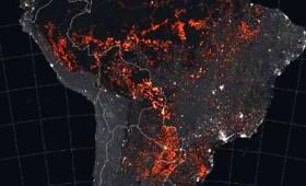 Απίστευτο! Ολόκληρη η Νότια Αμερική έχει παραδοθεί στις φλόγες (vid)