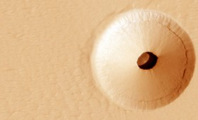 Ένα μυστηριώδες σπήλαιο στον Άρη ίσως κρύβει κάποια μορφή ζωής (vid)