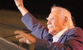 Ο ήρωας της Εθνικής Αντίστασης Μανώλης Γλέζος πέθανε σε ηλικία 98 ετών