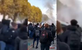 Covid-19: Συγκρούσεις μαθητών και αστυνομίας στους δρόμους του Παρισιού
