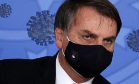 Πρόεδρος Βραζιλίας: Το εμβόλιο θα μετατρέψει τους ανθρώπους σε ερπετά