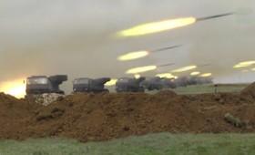 Η Ρωσία αποσύρει τα στρατεύματά της από τα σύνορα με την Ουκρανία (vid)