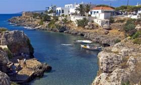 Κύθηρα, ένα γοητευτικό νησί με έντονες αντιθέσεις και ιδιαίτερο χαρακτήρα