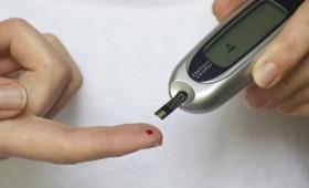 Τεστ για διαβητικούς για τα επίπεδα γλυκόζης στο αίμα χωρίς πόνο