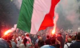 «Ο Ντράγκι είναι Χίτλερ»: Διαδηλώσεις στην Ιταλία κατά του υγειονομικού διαβατήριου (vid)