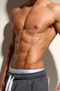 Η «κοιλιακή ρωγμή» στο ανδρικό σώμα. Πηγή: Supplied