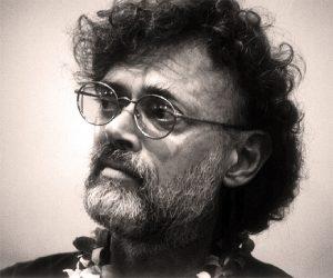Ο εθνοβοτανολόγος Τέρενς Μακένα