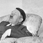 Αδόλφος Χίτλερ: ο ύπνος του κόστισε τη νίκη