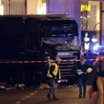 Βερολίνο: 12 νεκροί και 50 τραυματίες από τρομοκρατική επίθεση (βίντεο)
