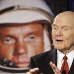 Έφυγε ο πρώτος Αμερικανός που πήγε στο διάστημα
