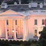 """Τα """"κόκκινα φώτα"""" του Λευκού Οίκου (βίντεο)"""