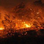 Ανεξέλεγκτη η φωτιά στο νέο φρούριο της Κέρκυρας