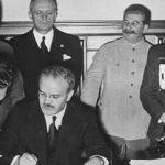 Μόλοτοφ – Ρίμπεντροπ: το Σύμφωνο του Διαβόλου