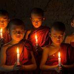 Παιδιά που έχουν προϋπάρξει ως βουδιστές μοναχοί
