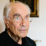 Χρ. Γιανναράς: Δημογραφικό συν μετανάστευση – Η εξαφάνιση των Ελλήνων