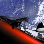 Tesla: Οδηγώντας με φόντο τη Γη! (Βίντεο)