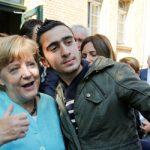 Η Μέρκελ, οι πρόσφυγες και η ελληνική κρίση